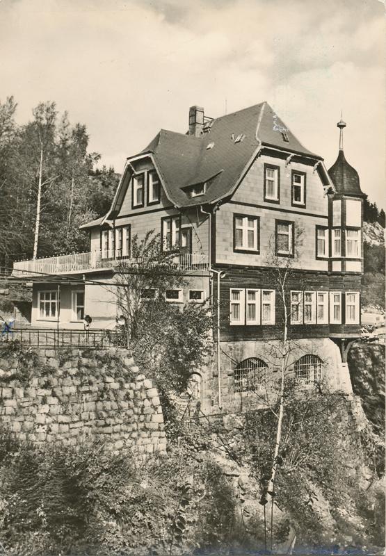 """Gaststätte """"Steinerne Renne"""", Betriebsferienheim des VEB Kombinat Elektroapparatewerke Berlin-Trptow 1976, Postkatenverlag E. Riehn, Wernigerode"""
